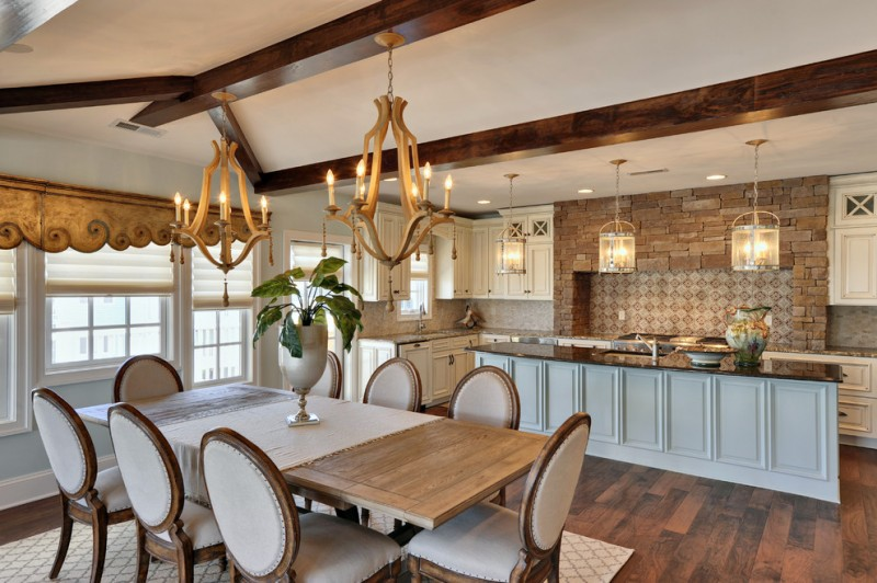 Coastal Vw for Traditional Dining Room with Dining Table