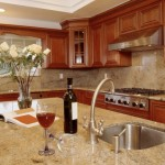 Colonial Cream Granite for Traditional Kitchen with Granite Counter