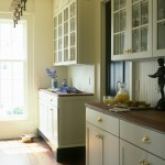 Decora Cabinets for Traditional Kitchen with Glass Cabinet