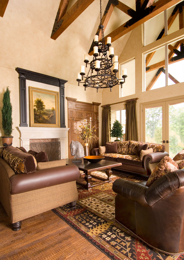 Downeast Furniture for Traditional Living Room with Leather