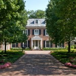 Driveway Apron for Traditional Landscape with Boxwood Hedges