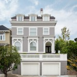Dryvit for Traditional Exterior with White Pillar