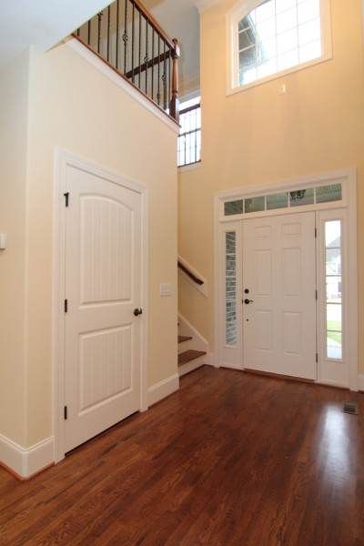 Eaglet for Traditional Entry with Two Story Foyer