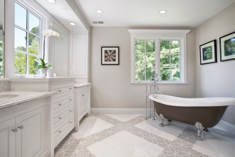 Edgecomb Gray for Traditional Bathroom with White Cabinets