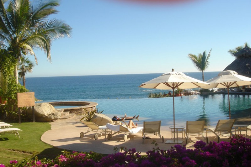 El Dorado Golf and Beach Club for Mediterranean Pool with Golf Club