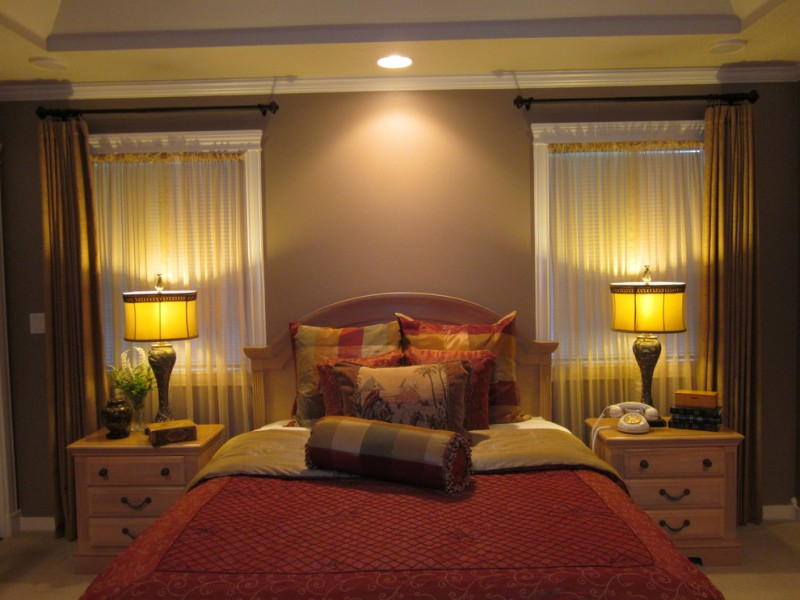 Ennis Furniture for Traditional Bedroom with Plaid Pillow