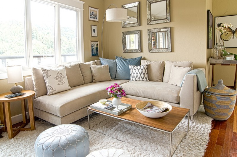 Floor and Decor Lombard for Shabby-Chic Style Living Room with Blue and Brown Colour Scheme