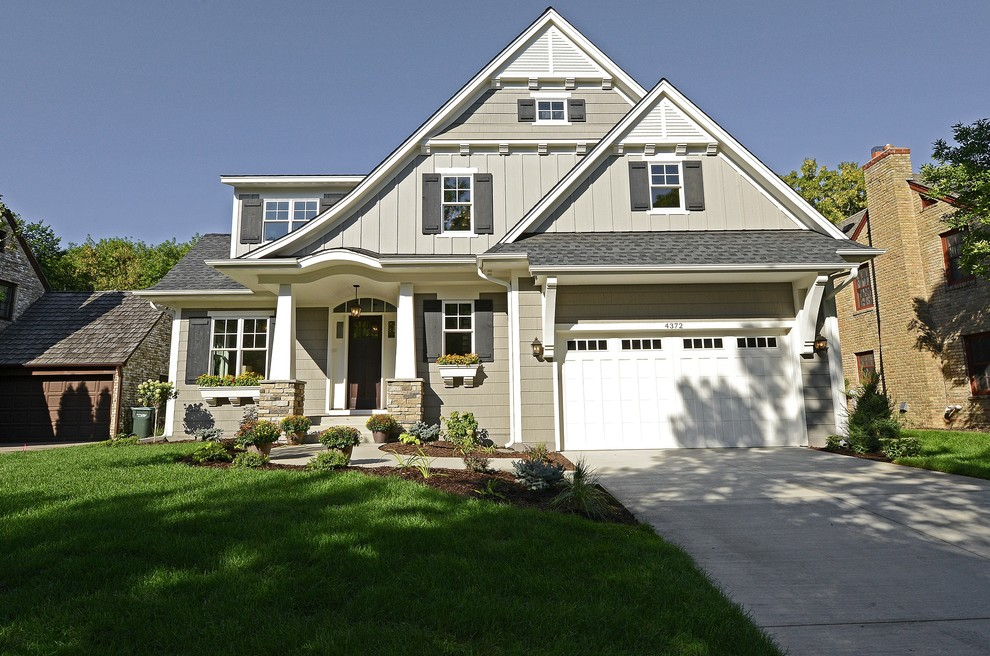 Gaf Timberline Shingles for Traditional Exterior with Grass