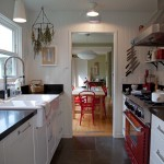 Honed Granite for Farmhouse Kitchen with Hanging Herbs