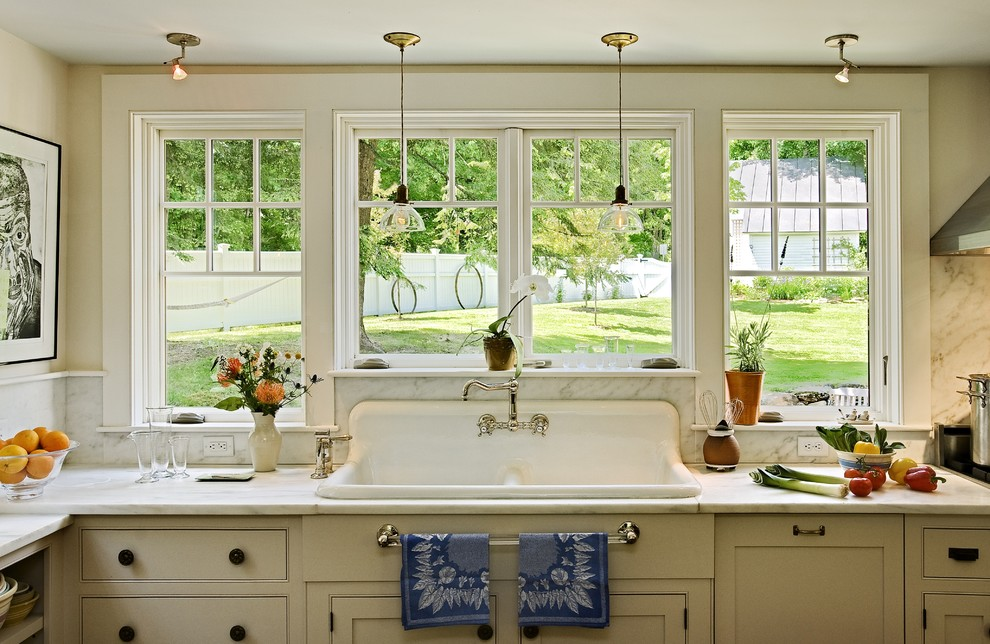 How to Unclog a Sink Drain for Traditional Kitchen with Glass Pendants