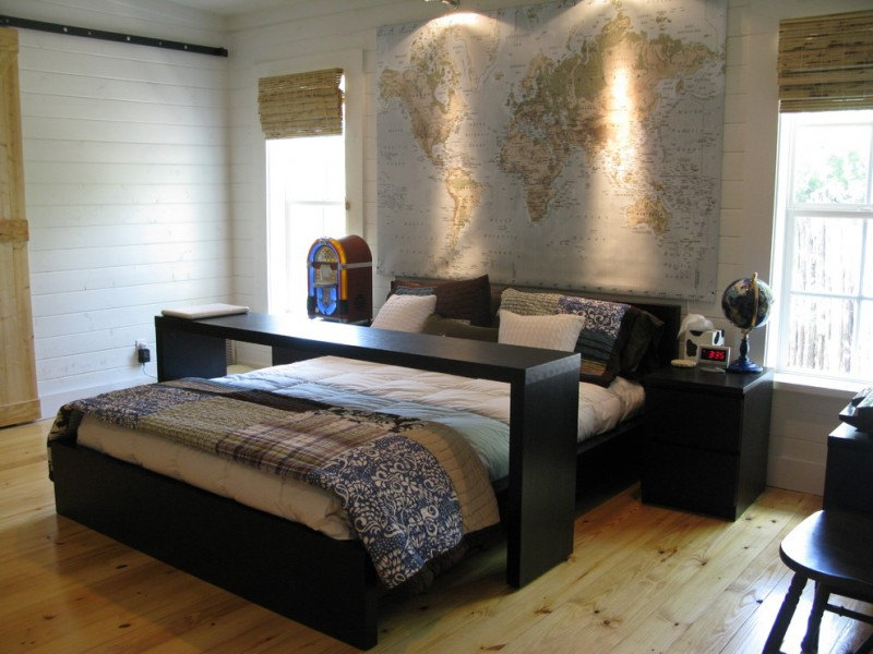 Ikea Mandal Bed for Traditional Bedroom with Patchwork Quilt