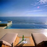 Infinity Edge Pool for Contemporary Pool with Minimal