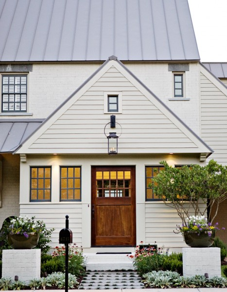 Kc Auto Paint for Traditional Exterior with Pots