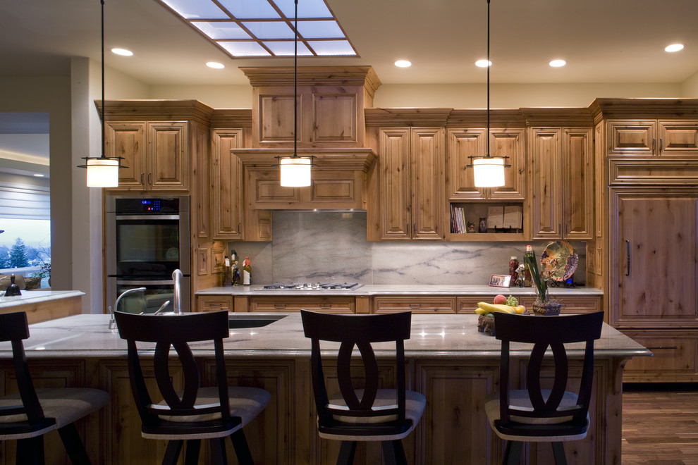 Knotty Alder Cabinets for Traditional Kitchen with Pendant Lighting