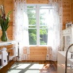 Knotty Pine for Rustic Bathroom with Bath Mat