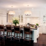 Lorts for Traditional Kitchen with Kitchen Island