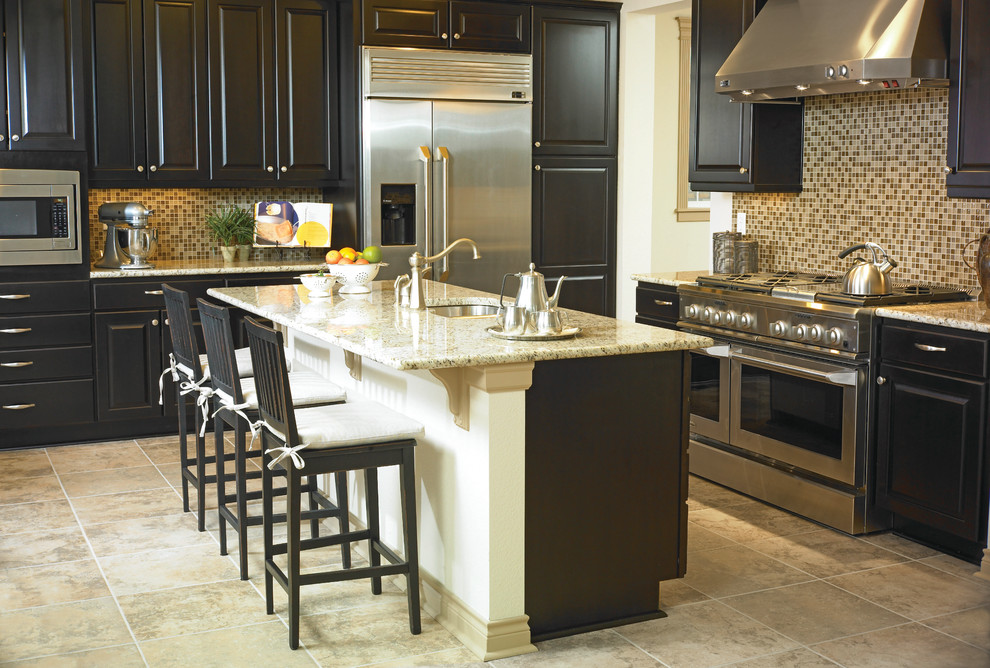Mastercraft Cabinets for Transitional Kitchen with Kitchen