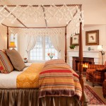 Mazama Country Inn for Traditional Bedroom with Country Inn