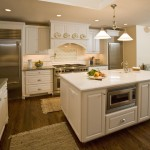 Medallion Cabinets for Traditional Kitchen with Farmhouse Sink