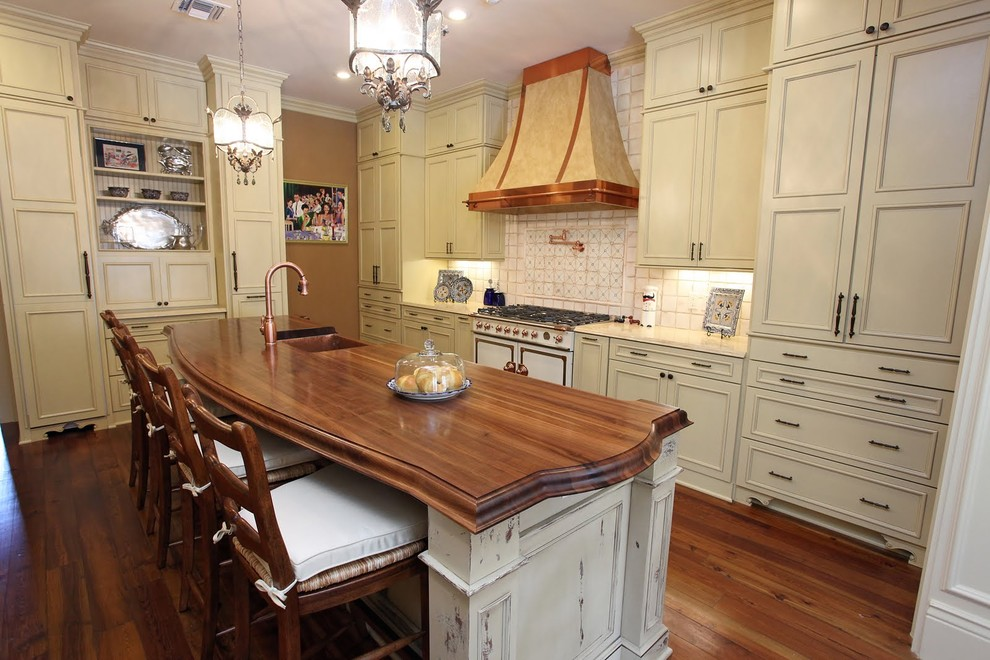 Mid Continent Cabinetry for Traditional Kitchen with French Country