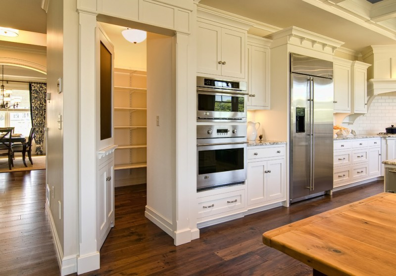 Midwest Appliance for Traditional Kitchen with White Cabinets