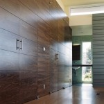 Monolithic Slab for Modern Closet with Closet