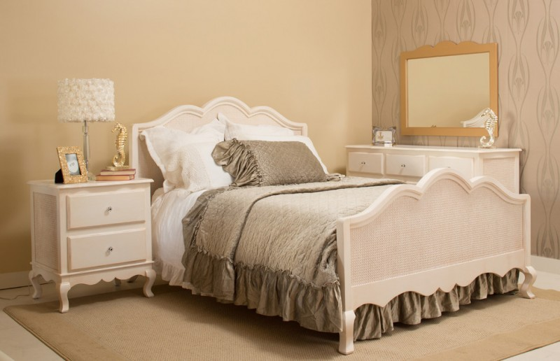 Newport Cottages for Shabby-Chic Style Bedroom with Shabby Chic