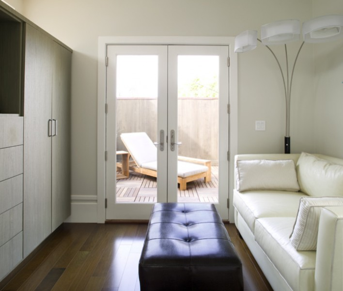 Oda Architecture for Modern Living Room with Floor Lamp