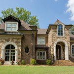 Owens Corning Cultured Stone for Traditional Exterior with Pillar