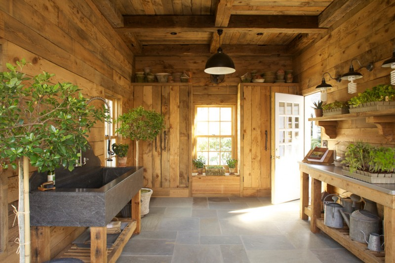 Pallet Shed for Rustic Shed with Green Thumb