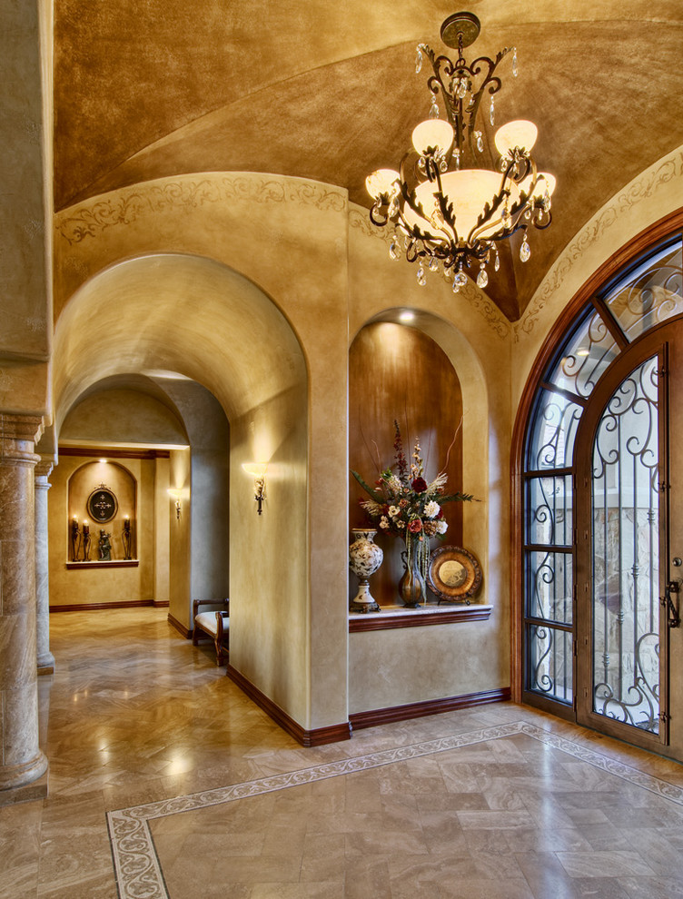 Places to See in Austin for Traditional Entry with Vaulted Ceiling
