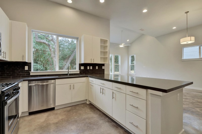 Psw Real Estate for Modern Kitchen with Urban Style