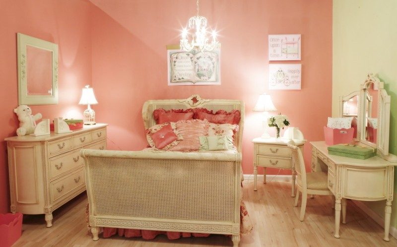 Refinished Furniture for Traditional Kids with Pink