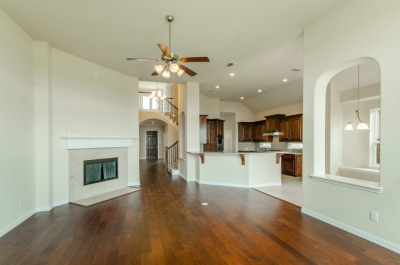 Richwoods Frisco for Contemporary Spaces with Mansion