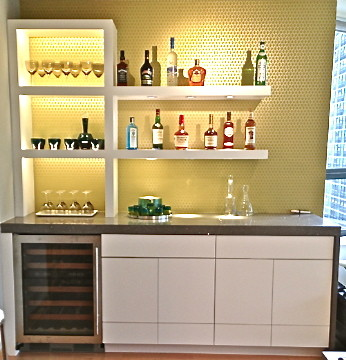 Riva Chicago for Modern Home Bar with Sparkely Countertop