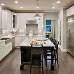 Sherwin Williams Amazing Gray for Traditional Kitchen with White Countertop