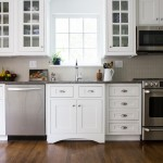 Shiloh Cabinets for Traditional Kitchen with Gna
