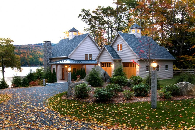 Sitterle Homes for Traditional Exterior with Curved Driveway