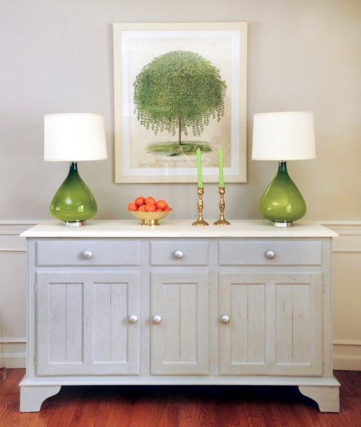 Sprintz Furniture for Traditional Dining Room with Painted Buffet