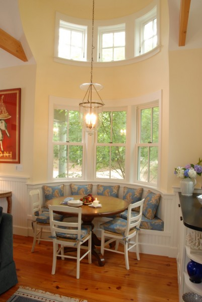 Tivoli and Lee for Traditional Dining Room with Curved Banquette