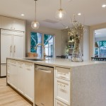 United Artist Laguna for Traditional Kitchen with Modern