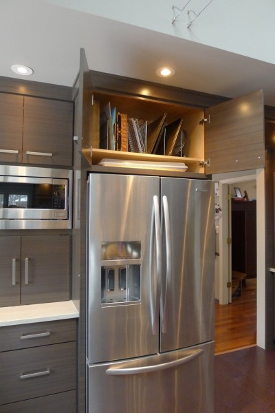 Weber Grill Indianapolis for Contemporary Kitchen with Backsplash
