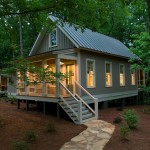 West Cobb Pine Straw for Rustic Exterior with White Railing