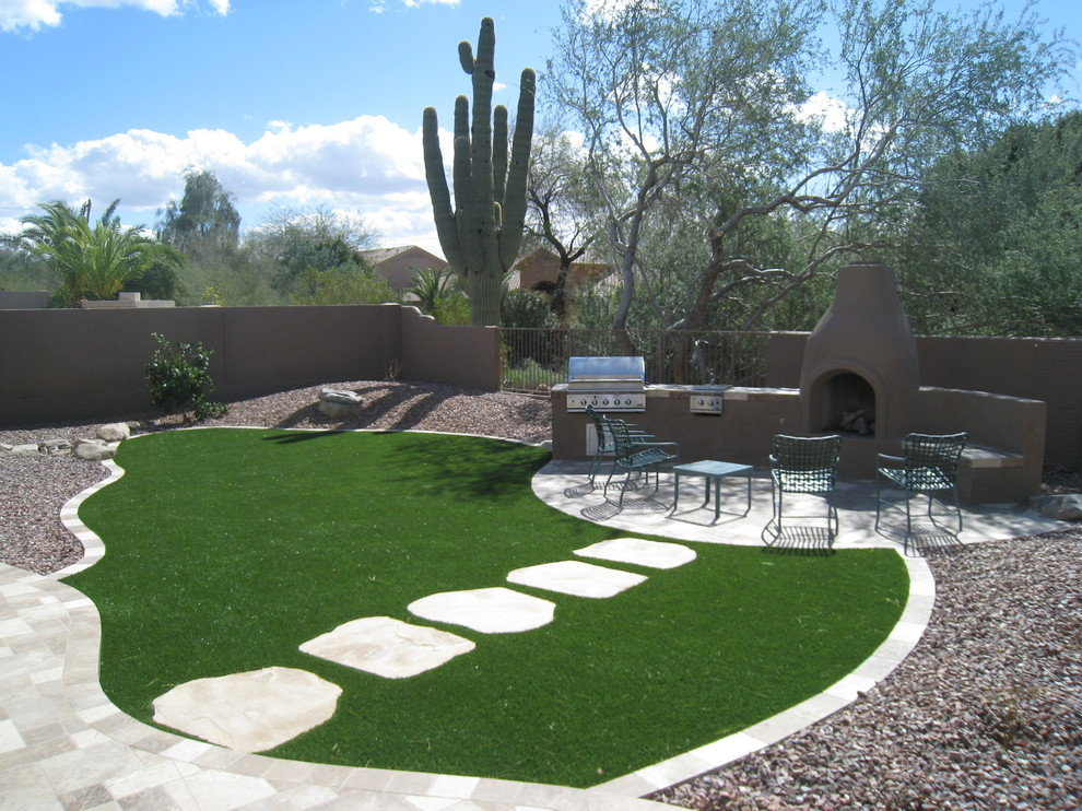 Woerner Turf for Traditional Landscape with Path